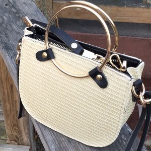 Round handle woven straw crossbody bag NWT